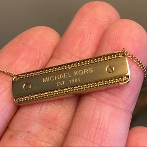 NWT Michael Kors Logo Bar Necklace Gold Tone